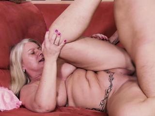 German mature chubby big natural boobs milf seduce